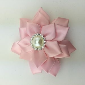 Other - NWOT Girl's Hair bow Ribbon clip